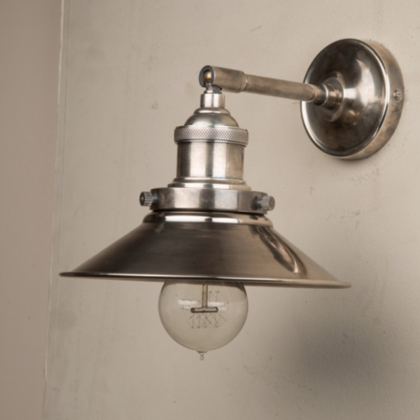 Culinary Concepts STSL-MSML-SLV Straight Adjustable Wall Fitment With Small Triangular Metal Shade in Antique Silver
