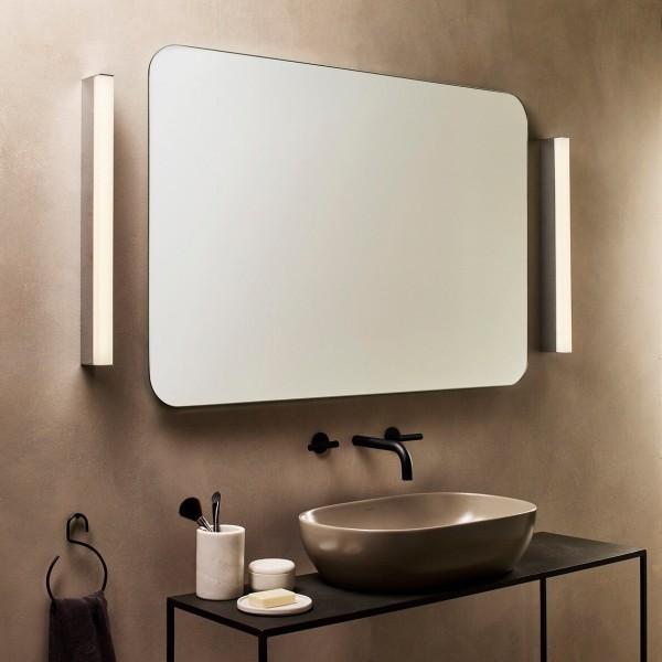 Astro Sparta 900 LED Bathroom Wall Light in Polished Chrome