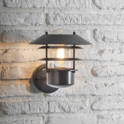 Garden Trading LACN31 Outdoor Strand Light in Black