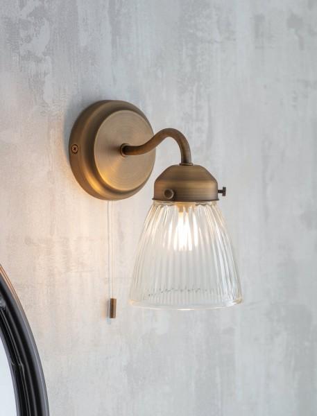 Garden Trading LAPI05 Pimlico Bathroom Wall Light in Brass